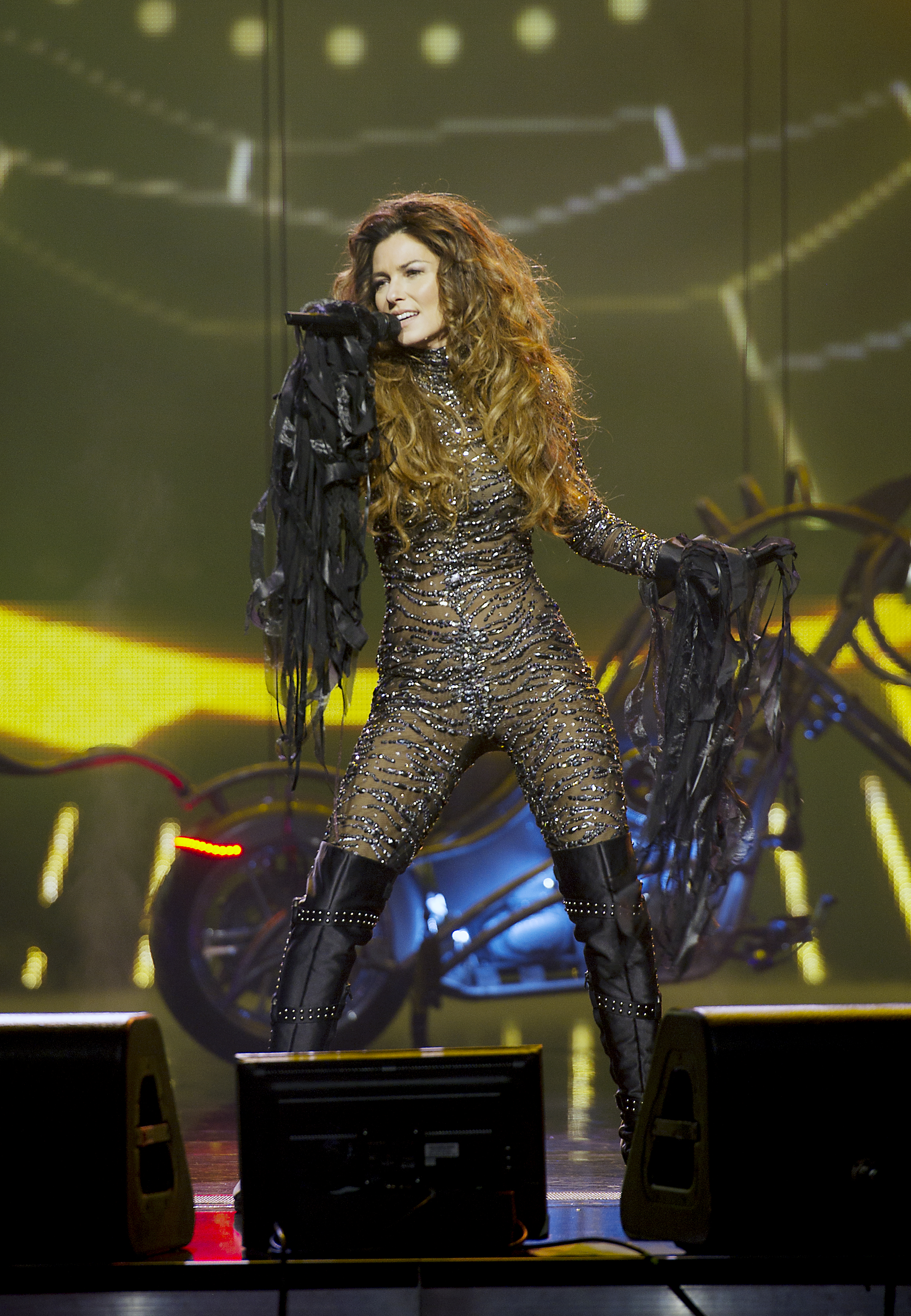Shania Twain Performing Rare Canadian Concert July 9 In