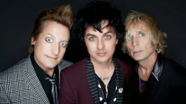 Green Day's Billie Joe Armstrong Helps Spread Word of Missing Dog