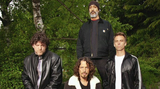 "Soundgarden Releases New Song, ""Storm"""
