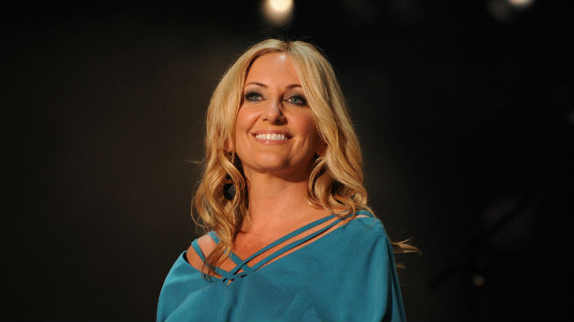 "Lee Ann Womack Tapes CMT ""Crossroads"" with John Legend"