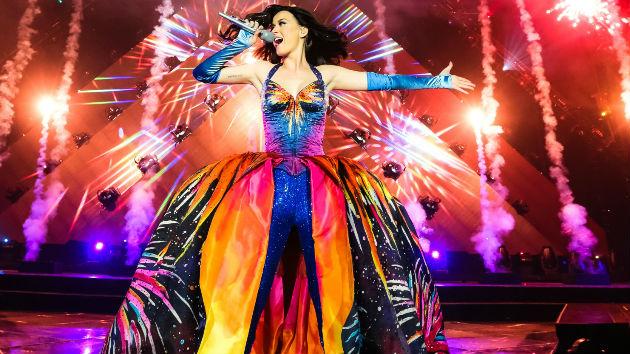 Katy Perry's Birthday Celebration Included a Trip to Paris