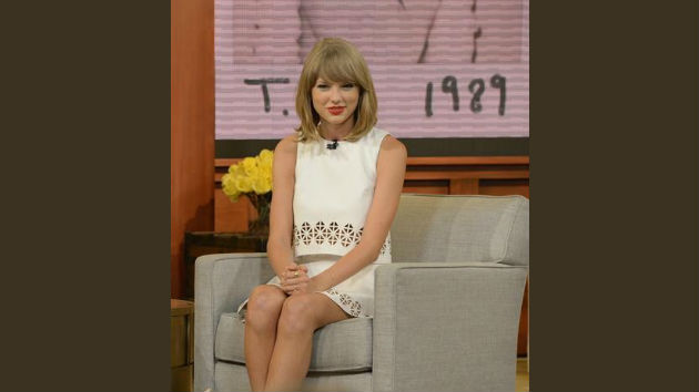 Taylor Swift to Discuss Favorite Books, Importance of Reading in New Scholastic Video for Kids
