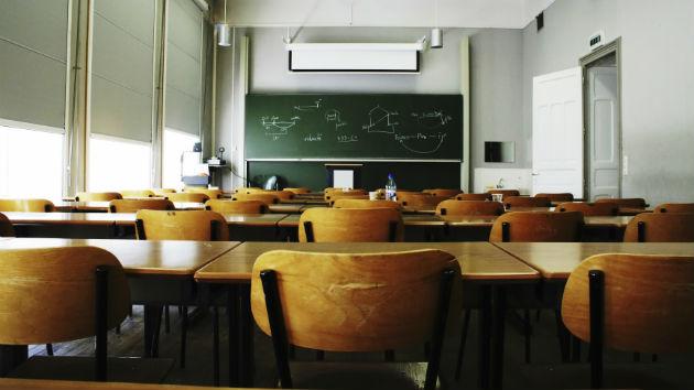 Teacher Accused of 'Wanna Stab Some Kids' Tweet Back to School