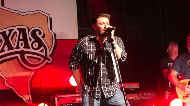 Chris Young Sells Out Billy Bob's in Ft. Worth for the Second Time in His Career
