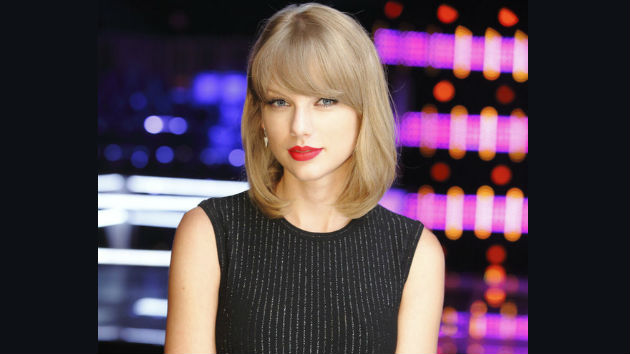 """""""The Voice"""" Recap: Taylor Swift Advises Artists as Knockout Rounds Begin"""