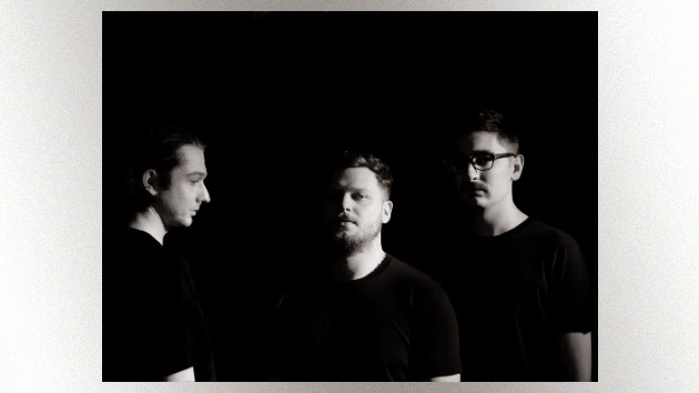 "Alt-J Releases Second ""Left Hand Free"" Video"