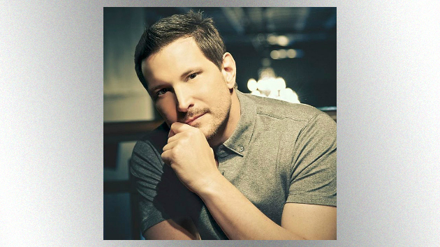 Ty Herndon Comes Out to Entertainment Tonight