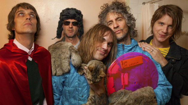 "The Flaming Lips and Yoko Ono Team Up for ""Happy Xmas (War Is Over)"""