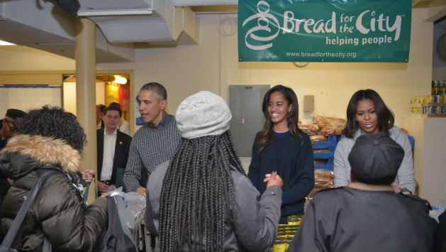 First Family Hands Out Thanksgiving Food in DC