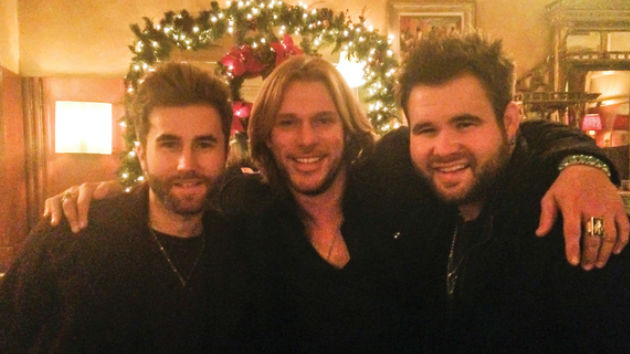 "The Swon Brothers Catch Up with ""The Voice"" Winner, Craig Wayne Boyd, over Dinner"