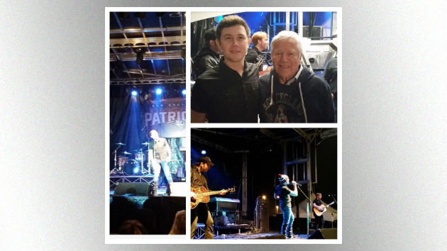 Scotty McCreery Entertained the Crowd at the New England Patriots' Pre-Super Bowl Party Thursday