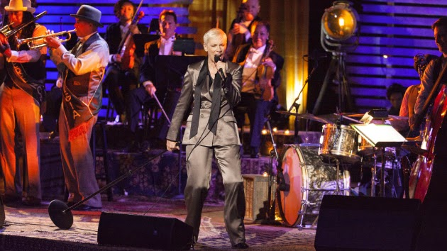 """Annie Lennox Performs Tunes from Latest Album, """"Nostalgia,"""" in Upcoming PBS Special"""