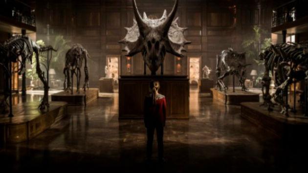 """Jurassic World: Fallen Kingdom"" official trailer debuts"
