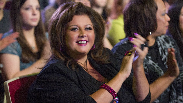 """Former """"Dance Moms"""" star Abby Lee Miller reports to prison"""