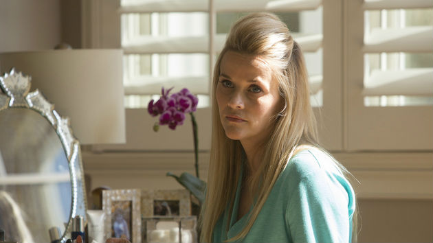 """Reese Witherspoon reportedly slapped with lawsuit over """"Gone Girl"""""""