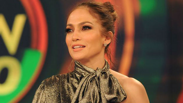 Jennifer Lopez to donate $1 million to Puerto Rico hurricane relief