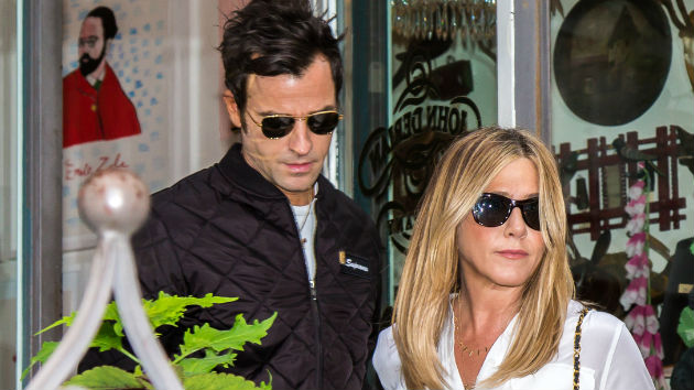 """Source: Jennifer Aniston and Justin Theroux had """"intense issues"""" prior to split"""