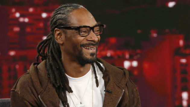 """So many great stories"": Snoop Dogg talks about Netflix's ""Coach Snoop"""