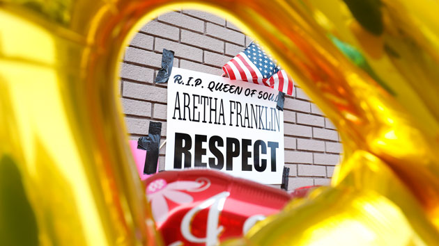 Memorial service for singer Aretha Franklin held in Detroit