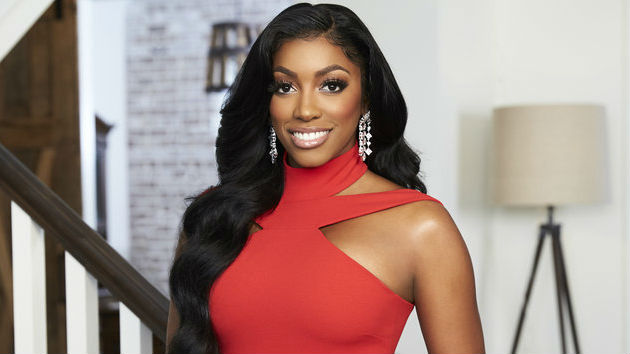 'RHOA' star Porsha Williams reveals she is pregnant with first child