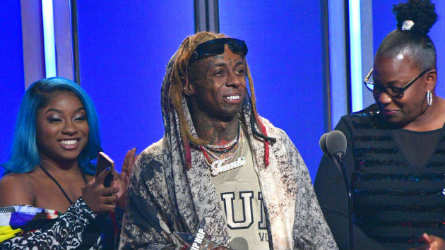 """2018 BET Hip Hop Awards rock Miami, honor Lil Wayne, and let fans live their """"best life"""" with Lil Duval"""