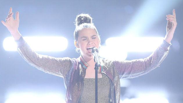 """The Voice"" recap: The top 13 singers perform"