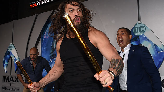 Watch 'Aquaman' star Jason Momoa's intimidating dance at movie's premiere