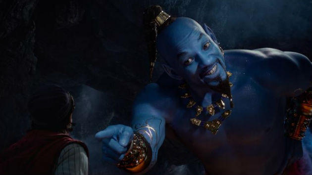 Will Smith posts photo in drag to remind us 'Aladdin' in still in theaters