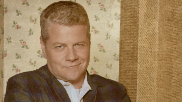 'The Kids are Alright' dad Michael Cudlitz lightens up from 'The Walking Dead'; remembers Luke Perry