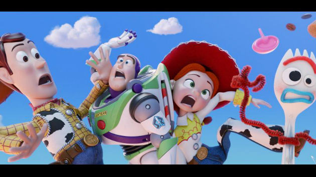 The 'Toy Story' gang contend with a hungry cat in new teaser trailer