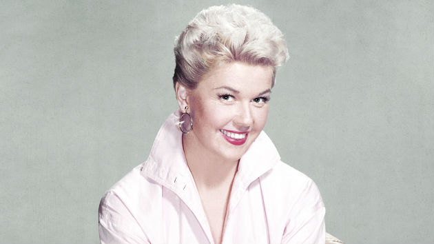 Doris Day, legendary singer and actress, dead at 97