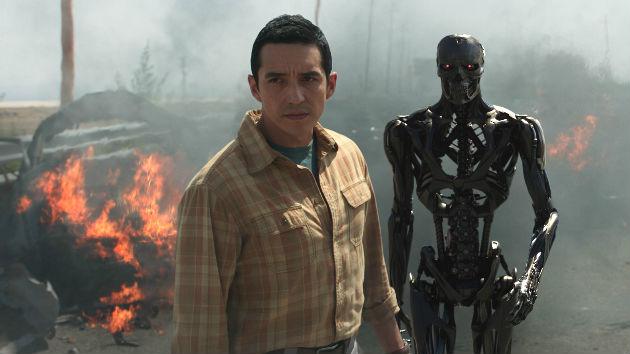 'Terminator: Dark Fate' trailer shows Arnold, Linda Hamilton, and all new killing machines