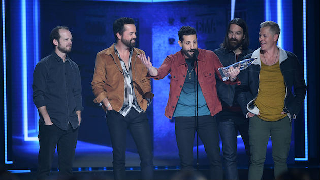 Old Dominion goes behind the scenes with new Apple Music short film