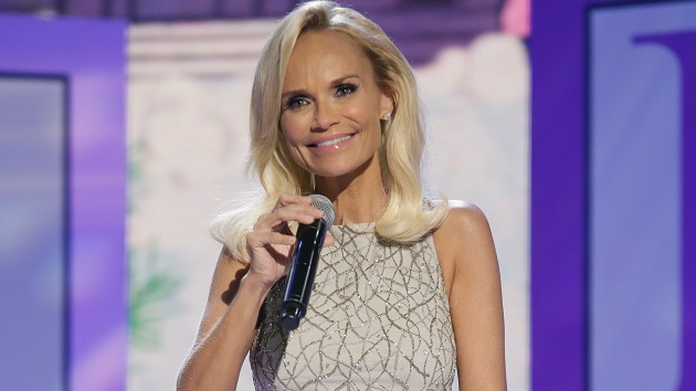 Kristin Chenoweth wants her dog to be friends with Taylor Swift's cat