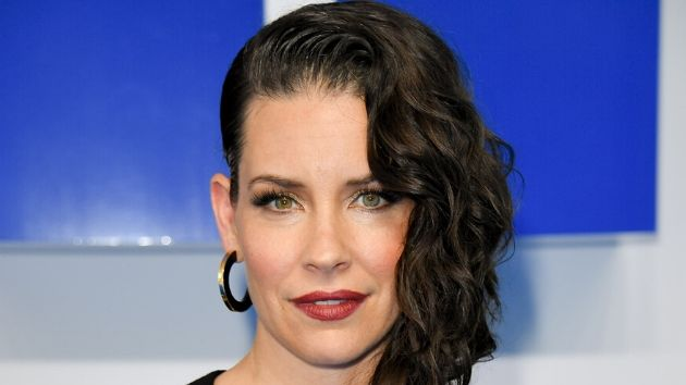 Evangeline Lilly apologizes for insensitive coronavirus comment