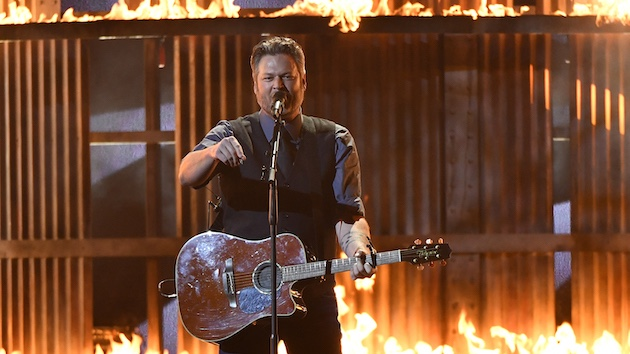 Blake Shelton will perform on the Season 15 finale of America's Got Talent