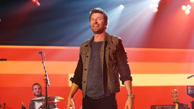 """Brett Eldredge decides to have a """"Good Day,"""" no matter what, in uplifting new video"""