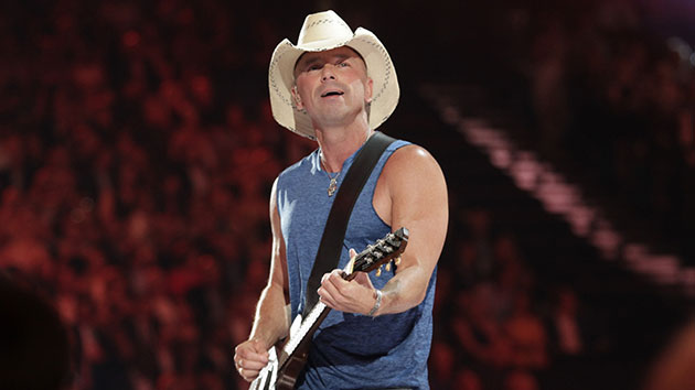 Kenny Chesney recounts Mac Davis' impact early on: 'He made me feel like what I was doing mattered