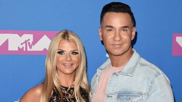 """'Jersey Shore' star Mike """"The Situation"""" Sorrentino and wife Lauren expecting first child"""