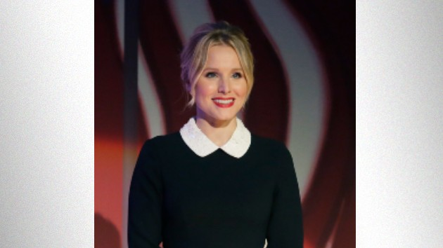 Kristen Bell shows off her dance moves to celebrate returning to work