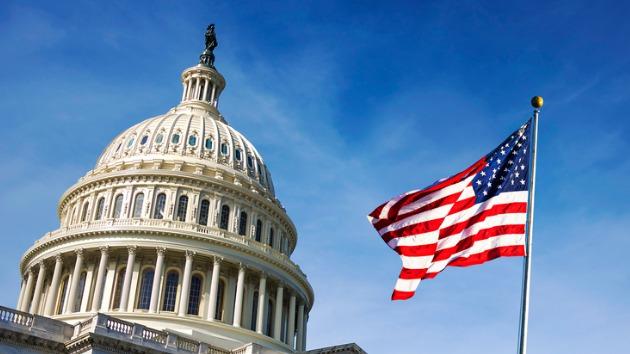 Democrats' unemployment insurance plan passes on party line vote