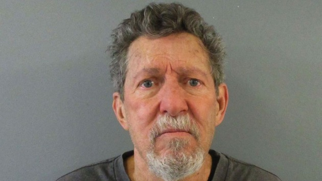 Colorado man arrested in 1982 cold case murders of two women, authorities say