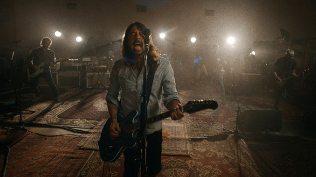 """Waiting no more: Foo Fighters land 10th number-one 'Billboard' rock single with """"Waiting on a War"""""""