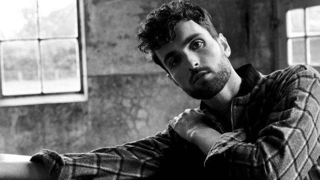 """Come play in his """"Arcade"""": Dutch star Duncan Laurence's single isn't a losing game"""
