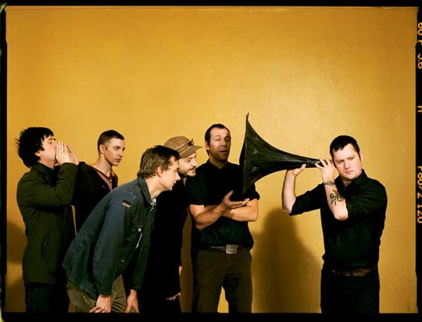 Modest Mouse band