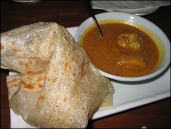 roti canai with chicken curry