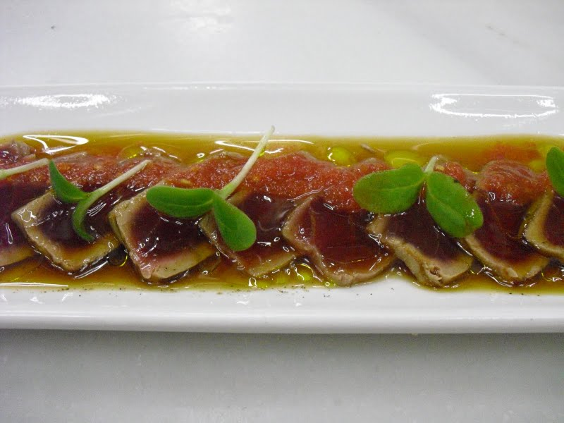 http://blog.misselisabeths.com/storage/seared%20tuna%20dish%20at%20inopia.jpg