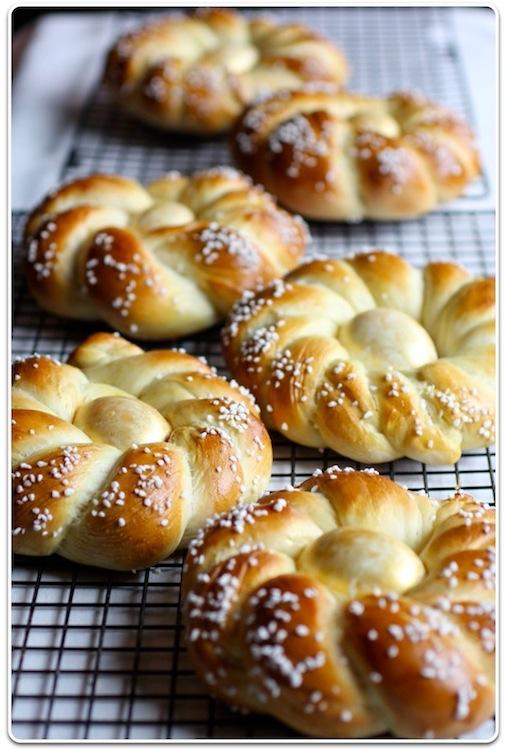 Italian Easter Bread Recipe — Dishmaps