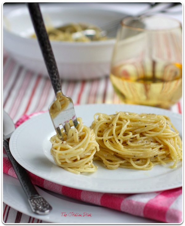 The Italian Dish - Posts - Cacio e Pepe (Pasta with Cheese and Pepper)
