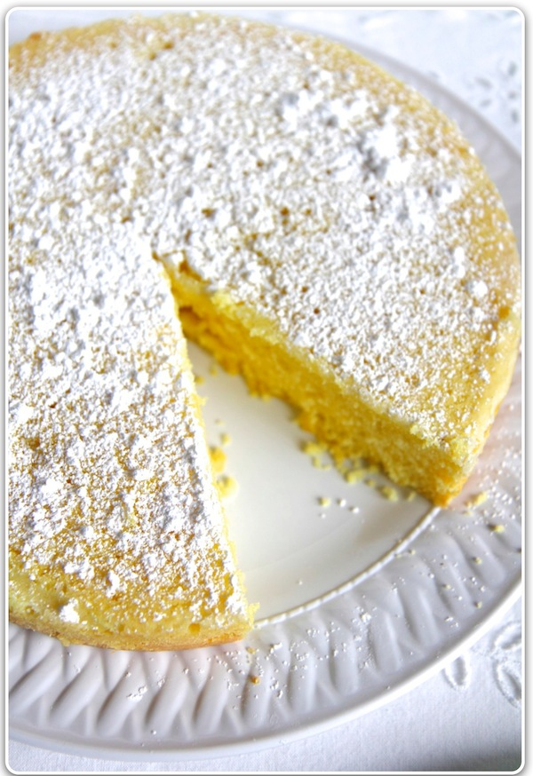 Italian Fresh Cream Lemon Cake Recipe